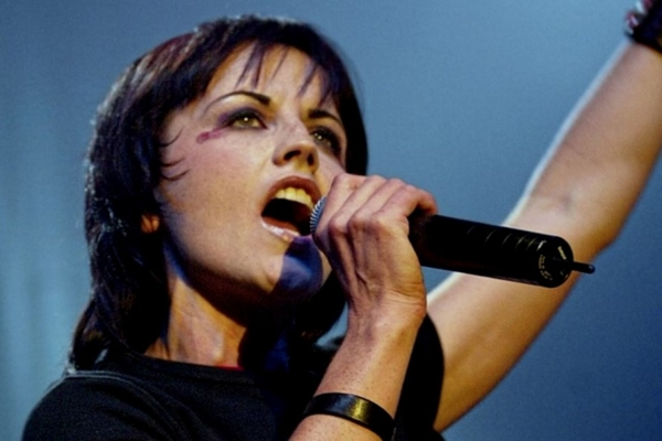 Dolores O'riordan Cranberries